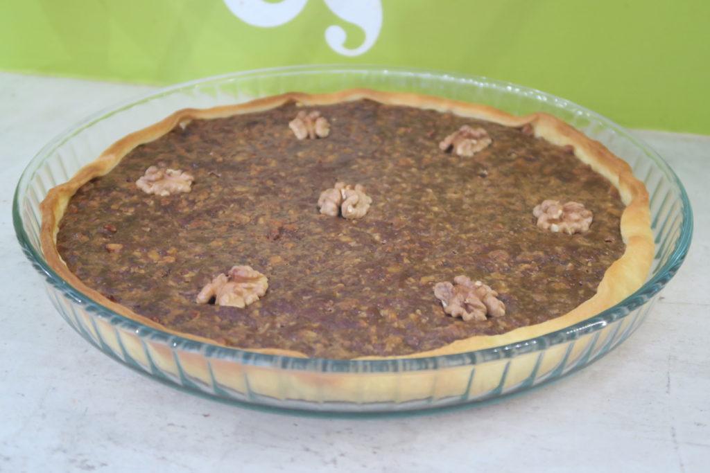 La tarte doit être bien dorée mais par trop cuite. La recette du site France Végétalienne prévoit 35 minutes de cuisson totale au lieu de 25 mais ça donne un résultat trop cuit dans mon four.
